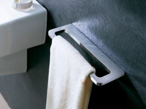 D1-Harmoni-Towel-Rack-2